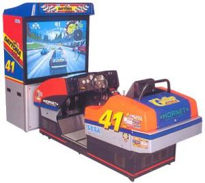 DaytonaUSA_Arcade_Cabinet_Deluxe