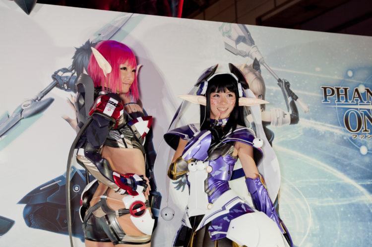 Phantasy_Star_Online_cosplay_models_(2012)